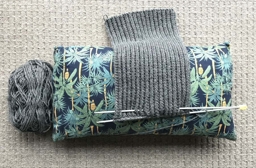 cushion with knitting